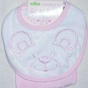 Baby girl 1 terrycloth embroidered bib & burp set